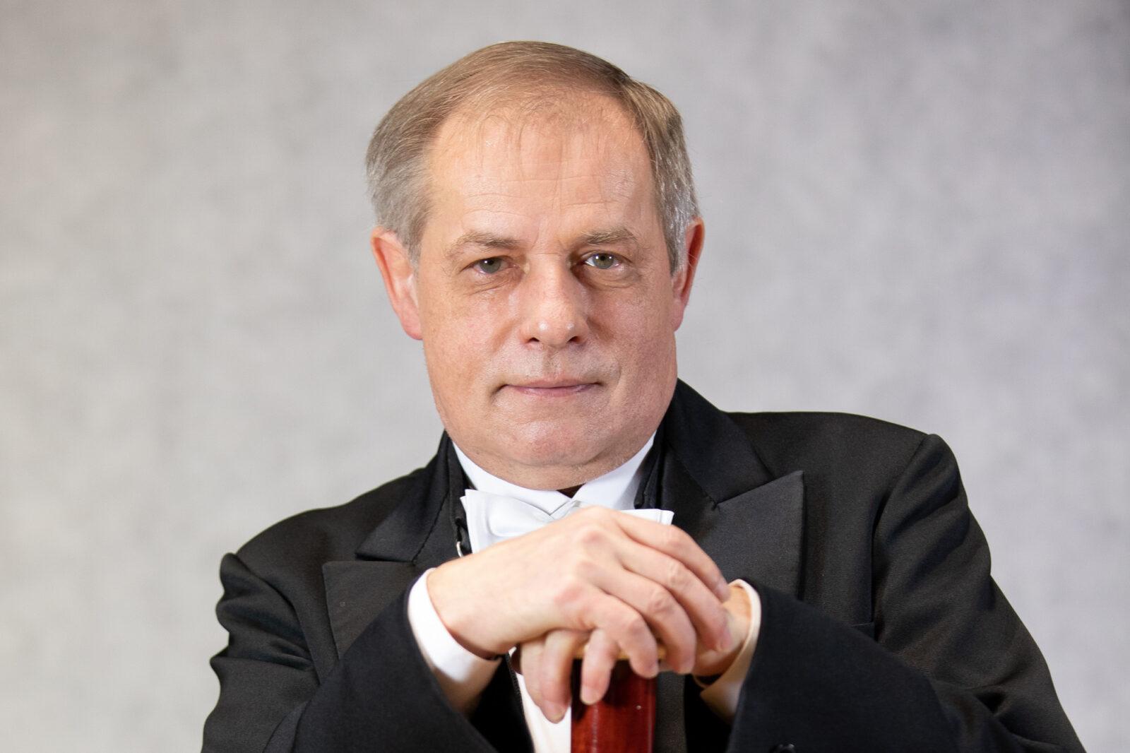 Zdjęcie Piotra Dąbrowskiego z fagotem