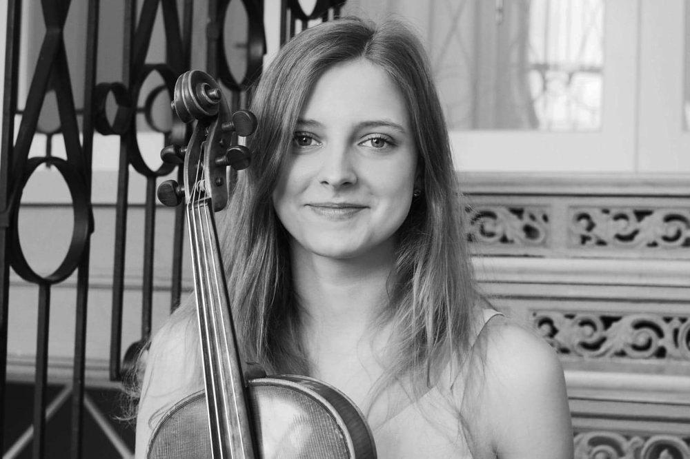 muzyk ze skrzypcami